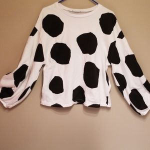 Zara W/B collection sweater